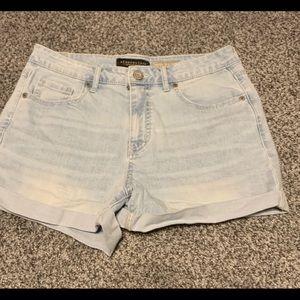 Aeropostale Jean shorts